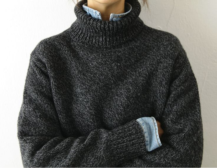 Oversized charcoal turtleneck, layered over chambray button down. | Source: death-by-elocution, via peone