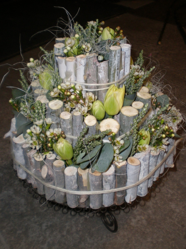 Flower cake with branches ~ uploaded by Mariëtte Blom-van Dam