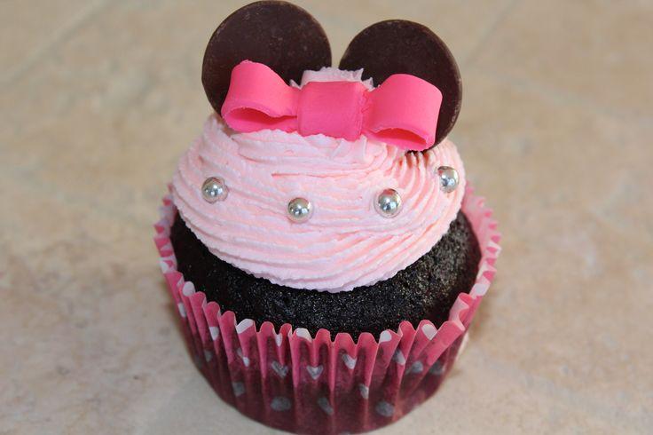 Minnie Mouse chocolate cupcake