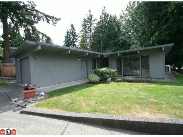 23 best mid century modern homes vancouver bc images on for Mid century post and beam house plans