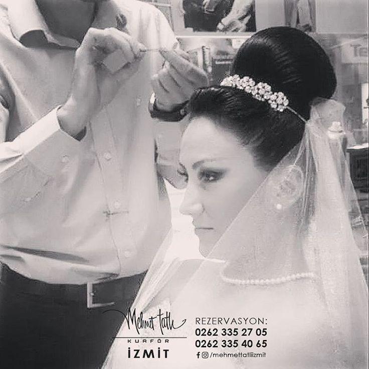Dünyanın en seçkin saç bakım markalarını, İzmit'in tek prestijli markası Mehmet Tatlı' da bulabilirsiniz Bilgi ve Rezervasyon 0262 335 27 05 - 0262 335 40 65 #hair #beauty #saç #makyaj #mehmettatlıizmit #mehmettatlı #gelinsaçı #cool #blonde #sarışın #sarısaç #saçbakım #kerastase #haircare #weddinghair http://turkrazzi.com/ipost/1521773597700655697/?code=BUebQY_hApR