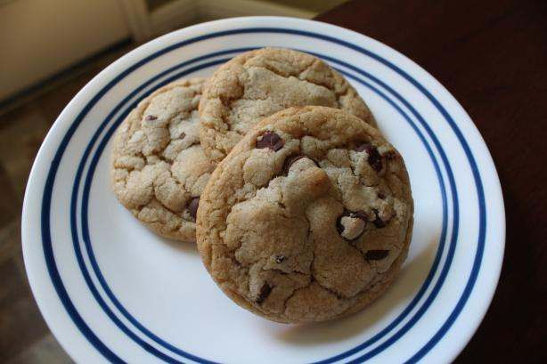 The BEST chocolate chip cookies!! This is BY FAR the best cookie ...