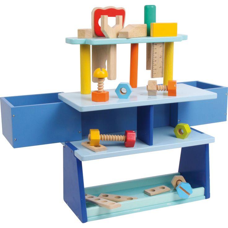 """Această bancă de lucru """"cool"""" este perfectă pentru antrenarea dexterității degetelelor. Culorile, formele și multitudinea de accesorii inspiră creativitatea ștrumfilor. Sertarele rotative sunt perfecte pentru depozitarea uneltelor.  #woodentoys #jucariieducative #kidsplay #jucariidinlemn #woodenstand #jucariionline"""