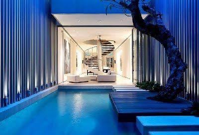 Opposite side of pool.