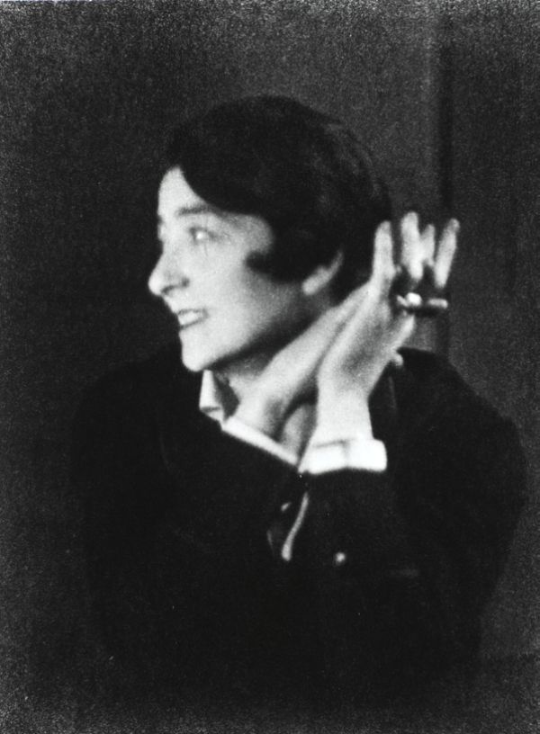 Kathleen Eileen Moray Gray, Irish, furniture designer, architect, and pioneer of the Modern Movement in architecture