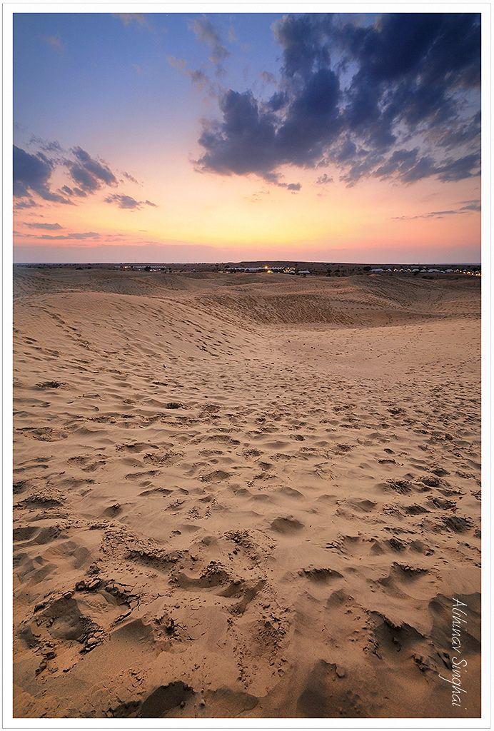 нейтральный, перевёртывать, переворачивать, заход солнца, закат, Солнце, Индия, тар, пустыня, пустынный район, пустыня Тар, луч, слабый свет, проблеск, заземление, Индия, отволаживать, увлажнять, пустыня, пустынный район, песок, гравий, песчинка, каникулы, отпуск, отдых, путешествие, путешественник, скиталец, путешествовать, странствовать, путешествовать, странствовать, путешествовать, странствовать, каникулы, отпуск, отдых, каникулы, отпуск, отдых, песок, гравий, песчинка, след, отпечаток…