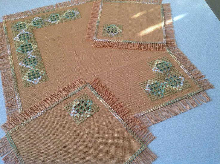 Gallery.ru / Комплект салфеток - Вышиваю хардангер - natalia51
