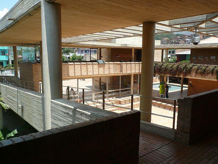 Centro de Desarrollo Cultural Moravia - Medellín, Colombia / 2006-08 / Rogelio Salmona