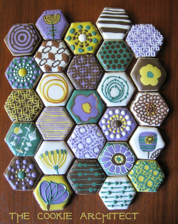 Mod Flower Minis- The Cookie Architect;  Rebecca Weld