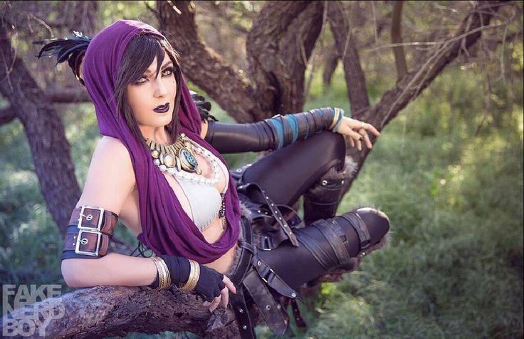 "kamikame-cosplay: ""Morrigan from Dragon Age Cosplayer: Jessica Nigri Photographer: Fake Nerd Boy """