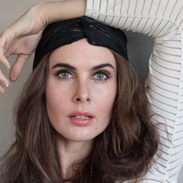 Love this look from Melbourne actress, @alexis.watt  Alexis is wearing our Ella Organic Liquid Eye Liner and Brigitte Mineral Mascara #adornthyself #adorncosmetics #liquideyeliner #mineralmascara . . . . #ella #brigitte #eyeliner #mascara #veganeyeliner #veganmascara