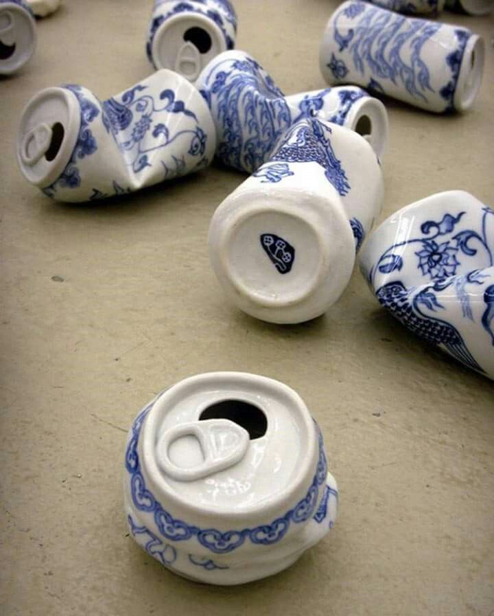 Smashed Cans Sculpted in the Traditional Style of Ming Dynasty Porcelain  Via : https://www.artsy.net/artist/lei-xue