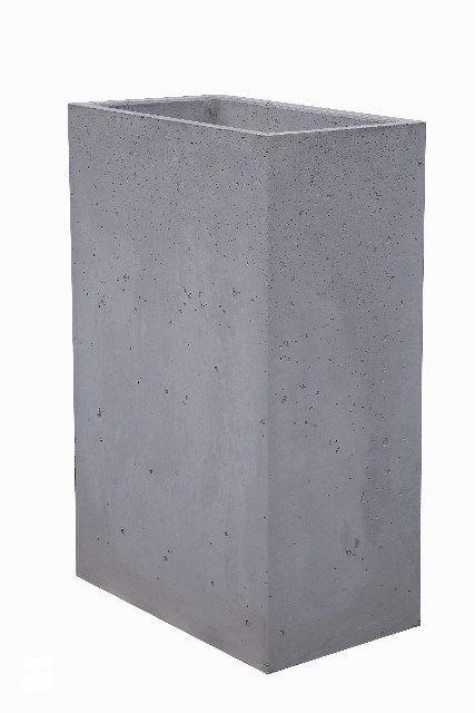 Donica z betonu architektonicznego Marco - zdjęcie od Bettoni - Beton Architektoniczny - Ogród - Styl Nowoczesny - Bettoni - Beton Architektoniczny