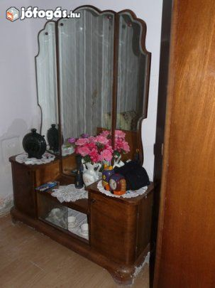 Eladó retro fésülködő asztal