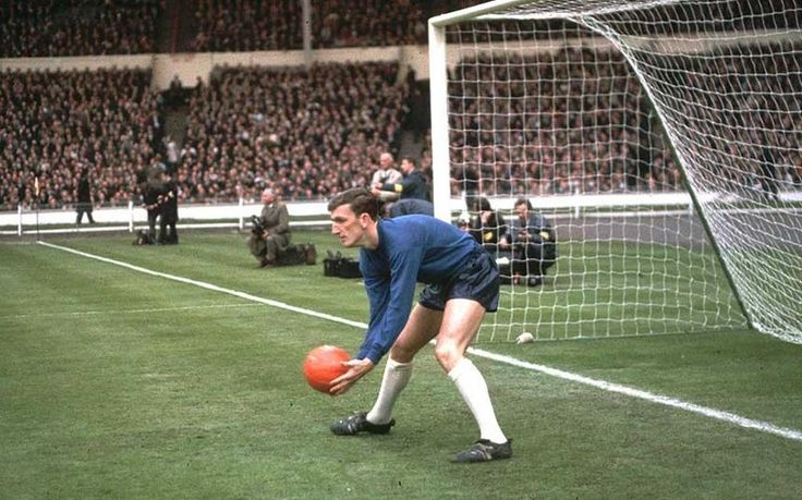May 1968. England v Sweden at Wembley. The only Alex Stepney's game for national team. @UtdBeforeFergie