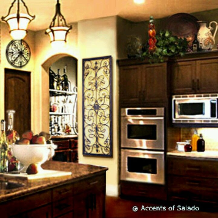 Charming Country Kitchen Decorations With Italian Style: Kitchen With Southern Charm