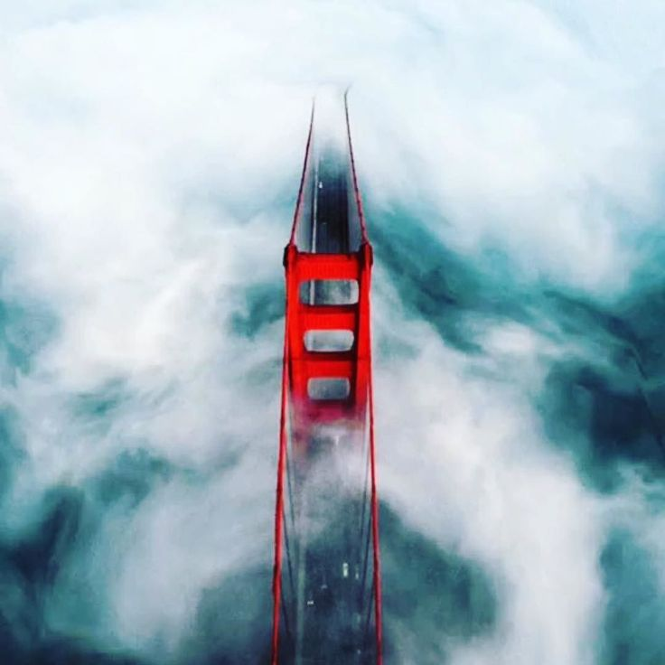 """Pictures like this could only be taken from aircraft just a few short years ago. But thanks to #drones anyone can take them now. Love seeing shots like this one.  Golden Gate Bridge from a above!  @elie.azzam #travelingdrones  """"Droner""""  @judeallen"""