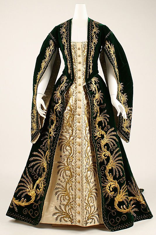 "1900 ... Court robe ... Russian ... silk, metallic threads and paillettes ... at The Metropolitan Museum of Art ... photo 1 ... (Doesn't this remind you of Mina's ""Reincarnation/Flashback"" Gown in Bram Stoker's Dracula?)"