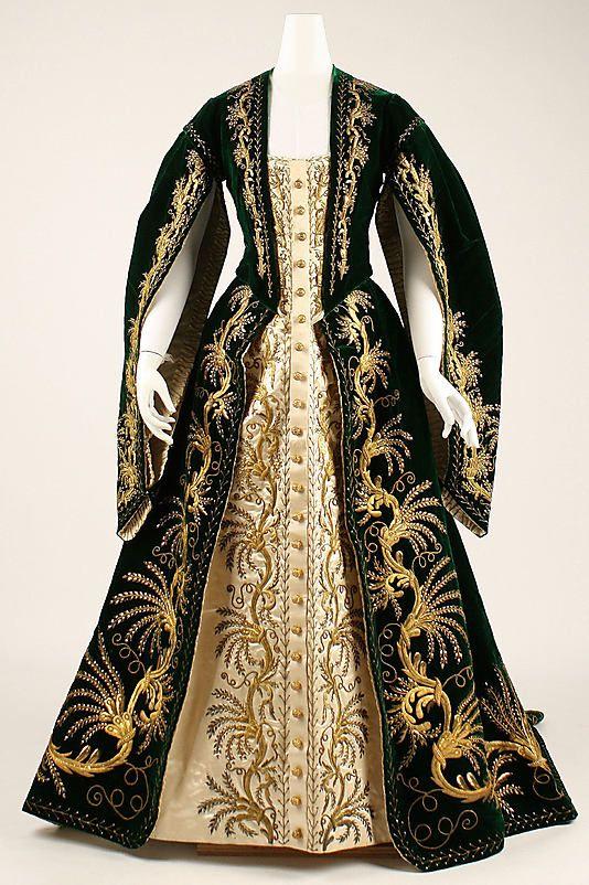 Circassian dress.  Ca. 1900.  (Met Museum, N.Y.)