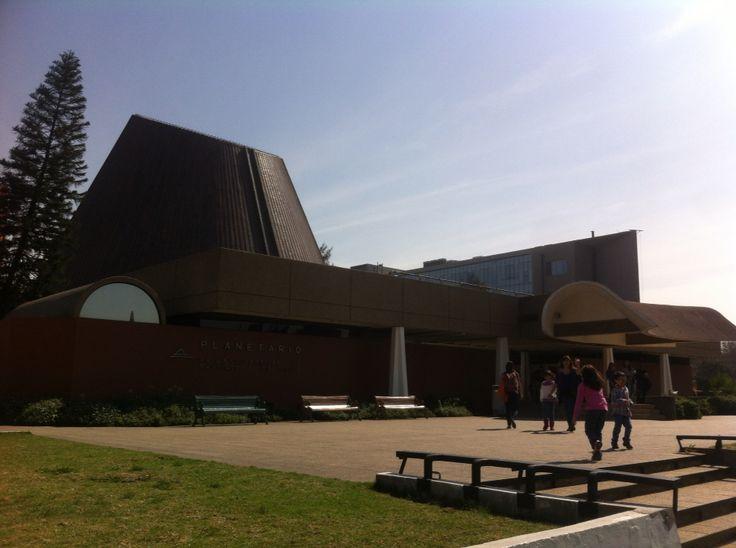 Hermoso día para compartir en familia y visitar el planetario de la universidad de Santiago de Chile