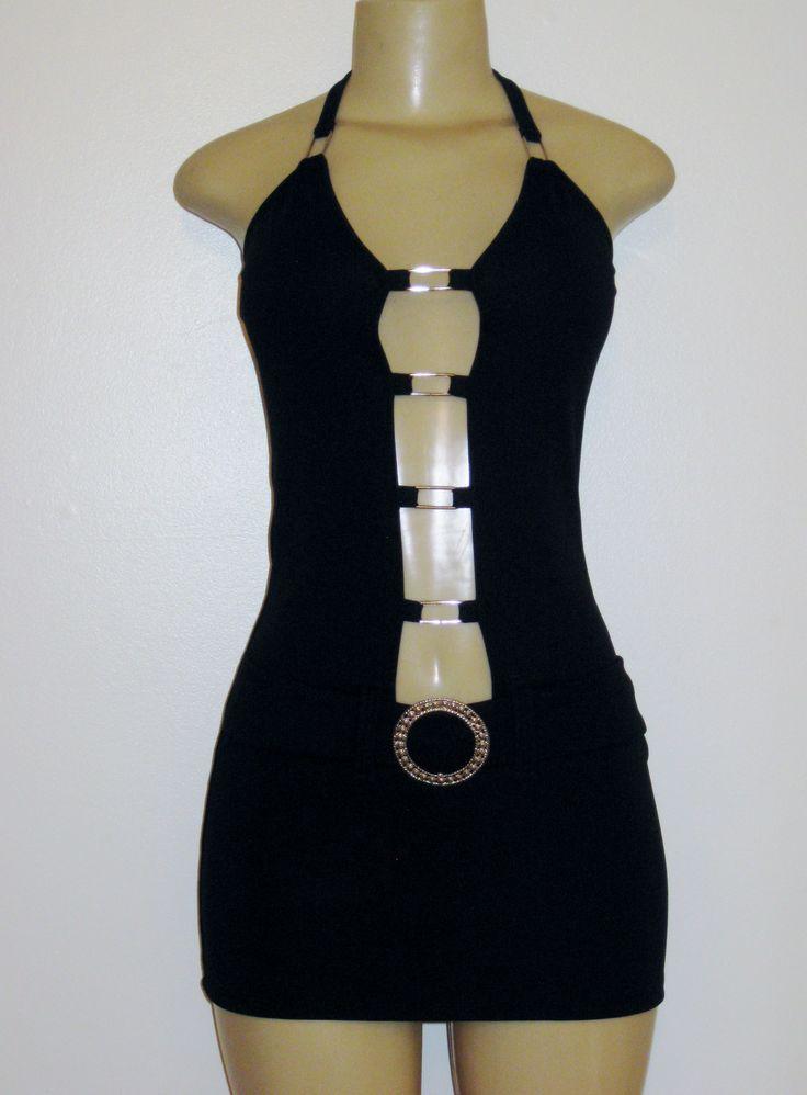 robe courte, ouverte devant avec ceinture et accessoires de métal, short dress, open in the front, belt and metl accessories....90$