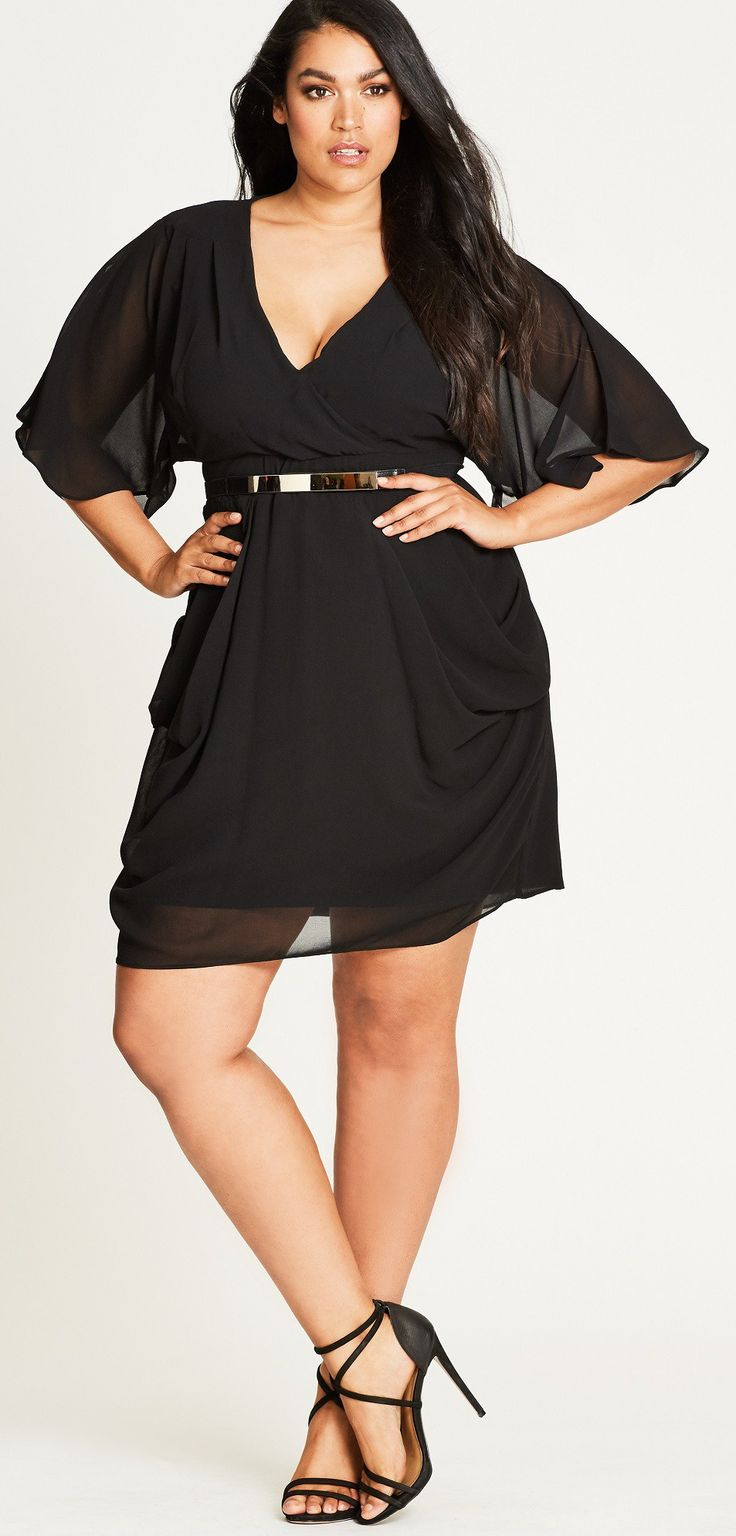 Black dress guest wedding - 36 Plus Size Wedding Guest Dresses With Sleeves