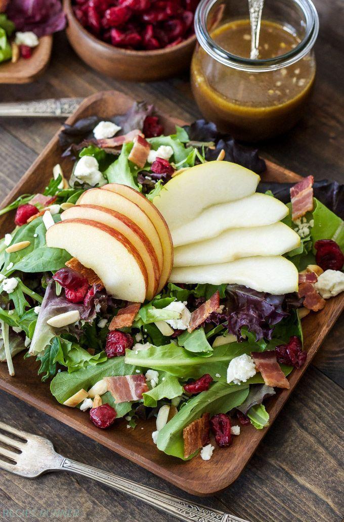 Autumn Apple and Pear Salad | Sweet pears and apples paired with salty feta and bacon are the perfect combination in this autumn inspired salad!