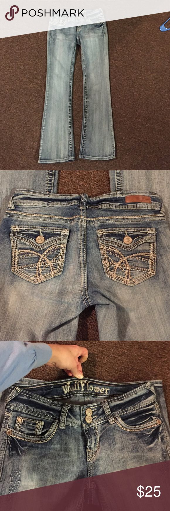 "Wallflower jeans light wash Perfect condition. Worn maybe 5 times! Wallflower jeans, flare, light semi acid wash. Size 5!! I'm 5'7"" and the length is perfect on me. Wallflower Jeans Boot Cut"