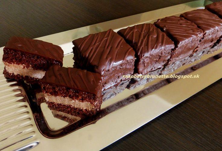 Raspberrybrunette: Čokoládové miňonky  Tento typ zákuskov mám veľmi r...