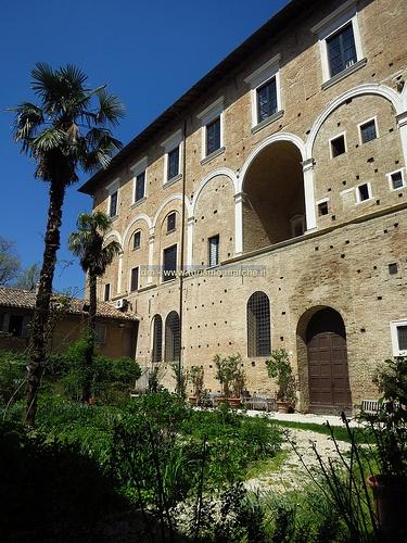 Ducal Palace: The Pasquino garden - Urbino, Le Marche, Italy