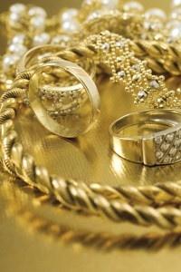 Vackra guldsmycken