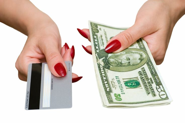 3 Reasons Why Using Cash is Better than Credit:  In today's fast paced world, it's easy to pull out the good 'ole credit card to pay for purchases. After all, pulling out the cash, counting it, handing it over, and then waiting for change simply takes forever!