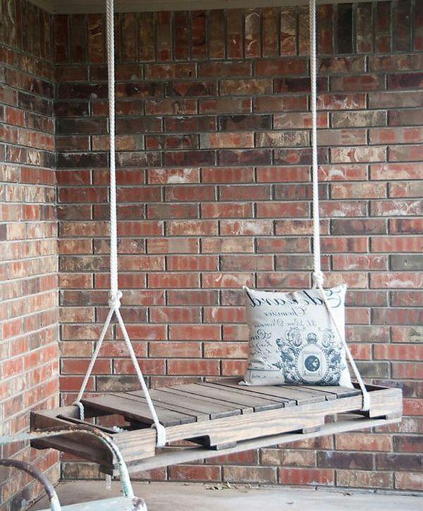 Europaletten Recyceln U2013 DIY Möbel Aus Holzpaletten   Holzpaletten Recyceln Garten  Möbel Holz Schaukel Seil Kissen