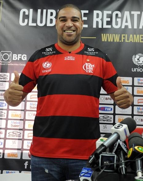 #Flamengo: #bonde is come back. Big #Adriano and his big smile #XXL