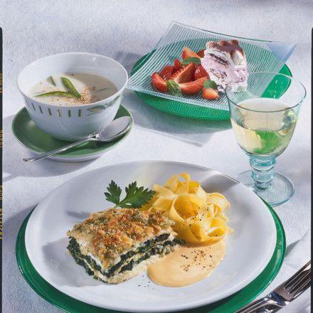 Schollenfilet-Lasagne mit Spinat Rezept | LECKER