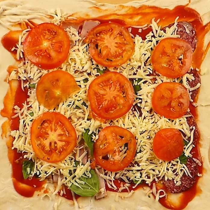 Pizza de casa  #suntgospodina #retete #reteteculinare #pizza #pizzadecasa