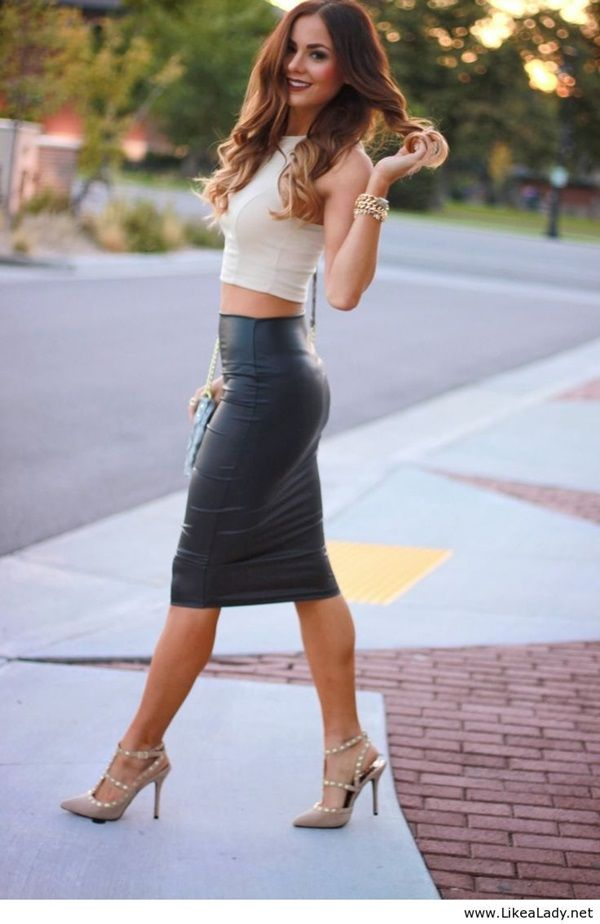 Black Non-Basic Style Items That You Definitely Need | Sexy Crop top outfits and Heels