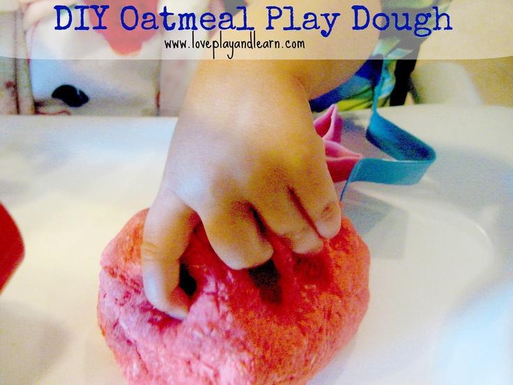 DIY Oatmeal Play dough from Love, Play, Learn: Oatmeal Plays, Diy'S, Diy Playdough No Cooking, Plays Dough, Diy No Cooking Playdough, Diy Oatmeal, Oatmeal Playdough, Play Dough, Easy Diy