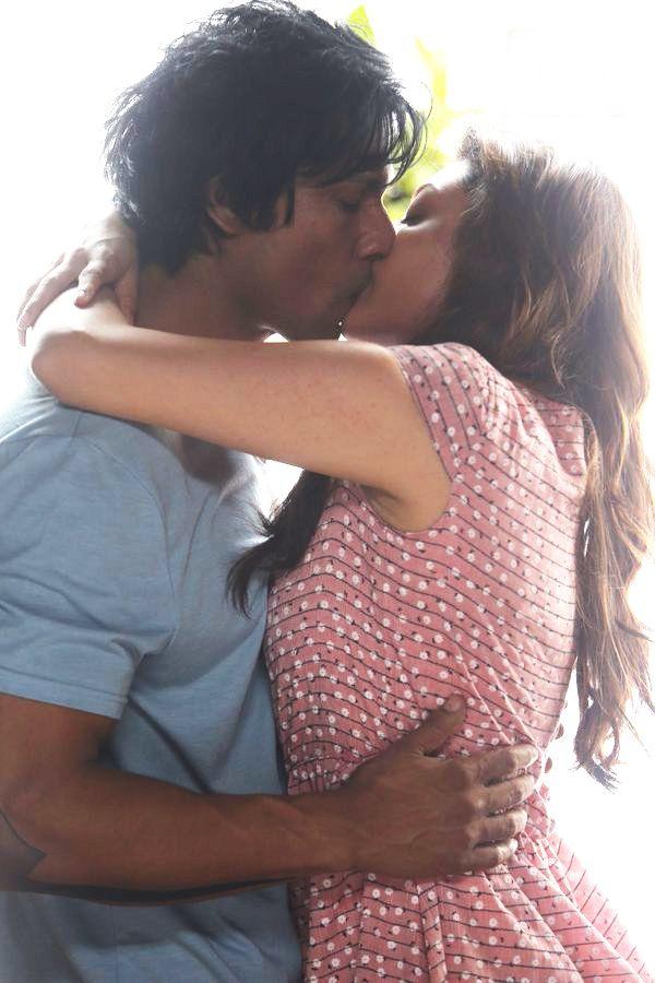 Kajal Agarwal Hot Lip Lock Photos
