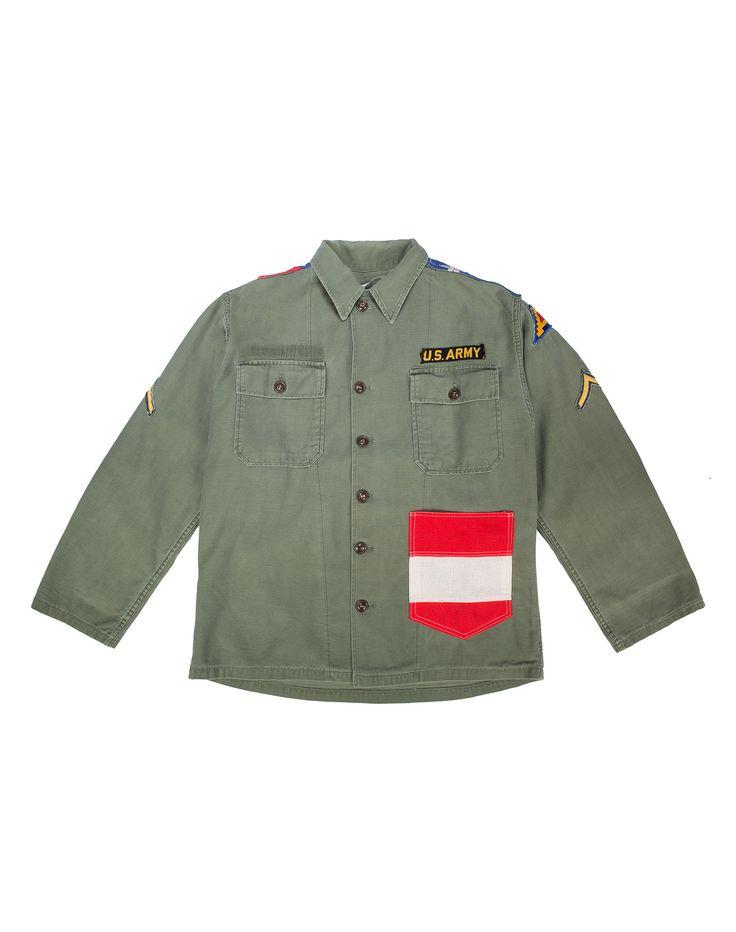 AMERICAN FLAG SHIRT - Giacca vintage militare, in cotone con patches, due tasche frontali più una terza a strisce bianca e rosse; bandiera Americana sul retro. #htclosangeles #tradingcompany #losangeles #weareartisans #leather #handmade