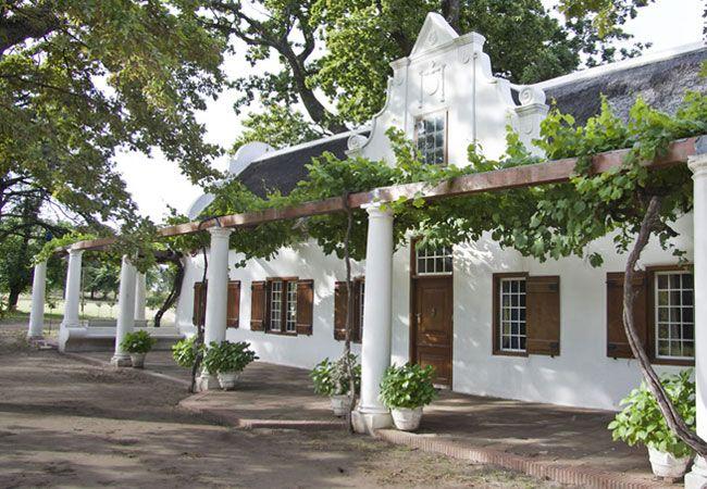 Lekkerwijn Country Guest House in Groot Drakenstein, Western Cape