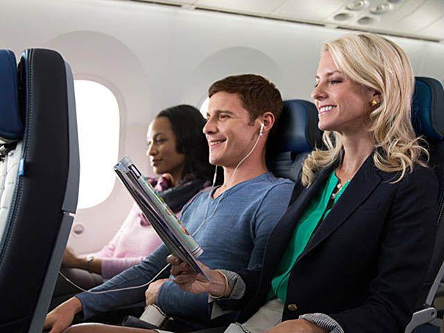 United Airlines : tarif low cost, conversion et report de 61 Boeing 737