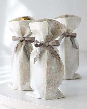 linen gift bags//