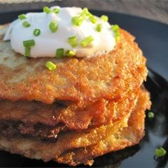 "German Potato Pancakes | ""This was by far the best potato pancake/latke/hashbrown recipe I've tried. Why? Because they really get CRISPY!"""