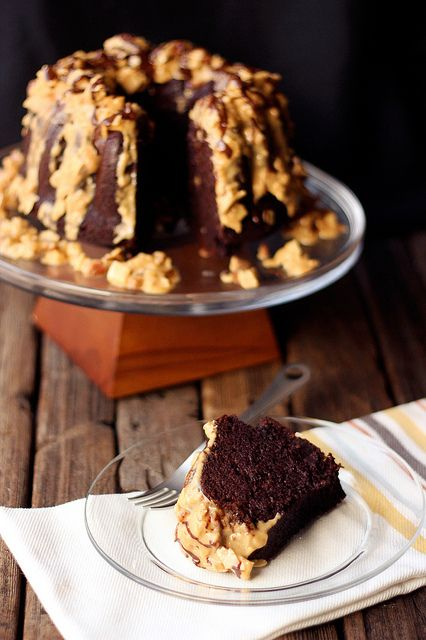 Grain-free German Chocolate Bundt Cake {Gluten-free, Dairy-free, Paleo-friendly} // Tasty Yummies