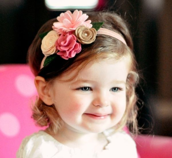 Mädchen Kopfschmuck Blumen Filz verziert süß