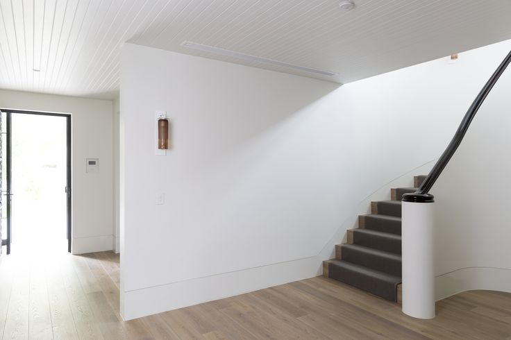 Geometric Stairs Geometric Staircase Melbourne: Plaster Walls