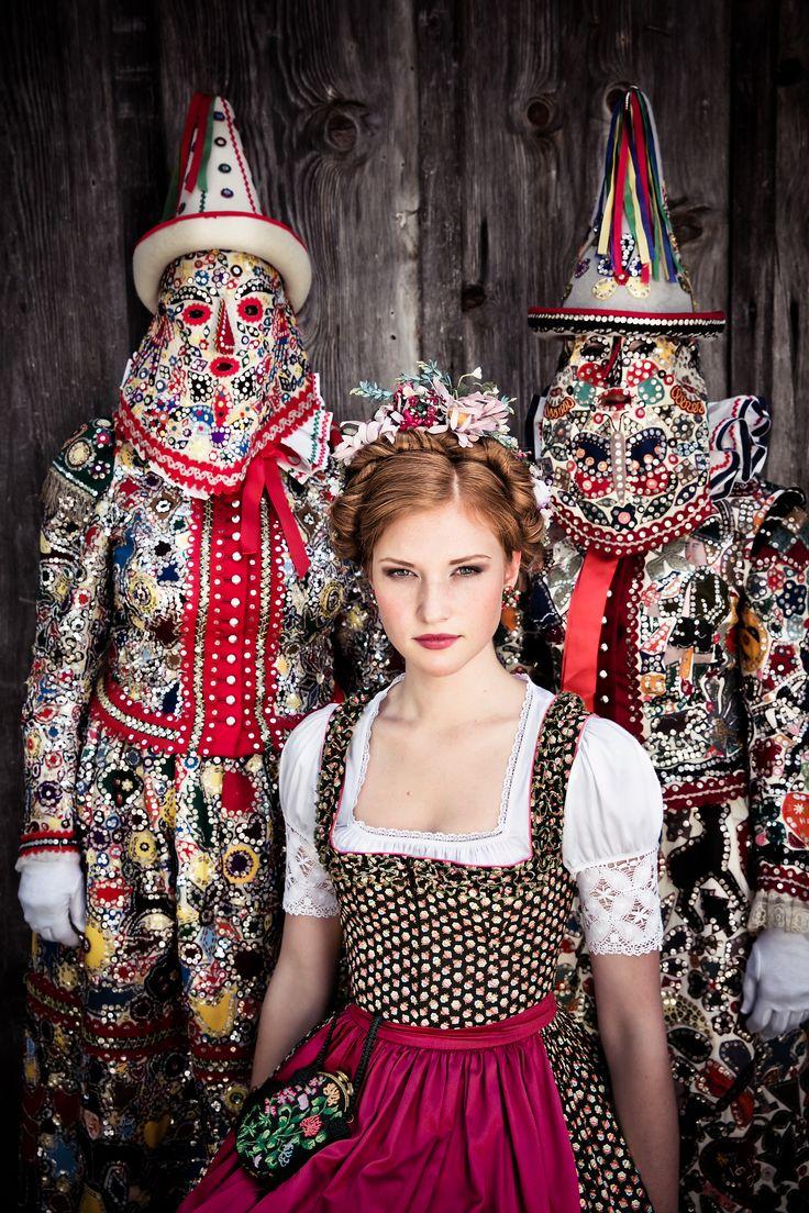 """Lena Hoschek Tradition A/W2014-15  """"Dirndl Elsa"""" und """"Dirndlbluse Enns"""" www.lenahoschek.com"""