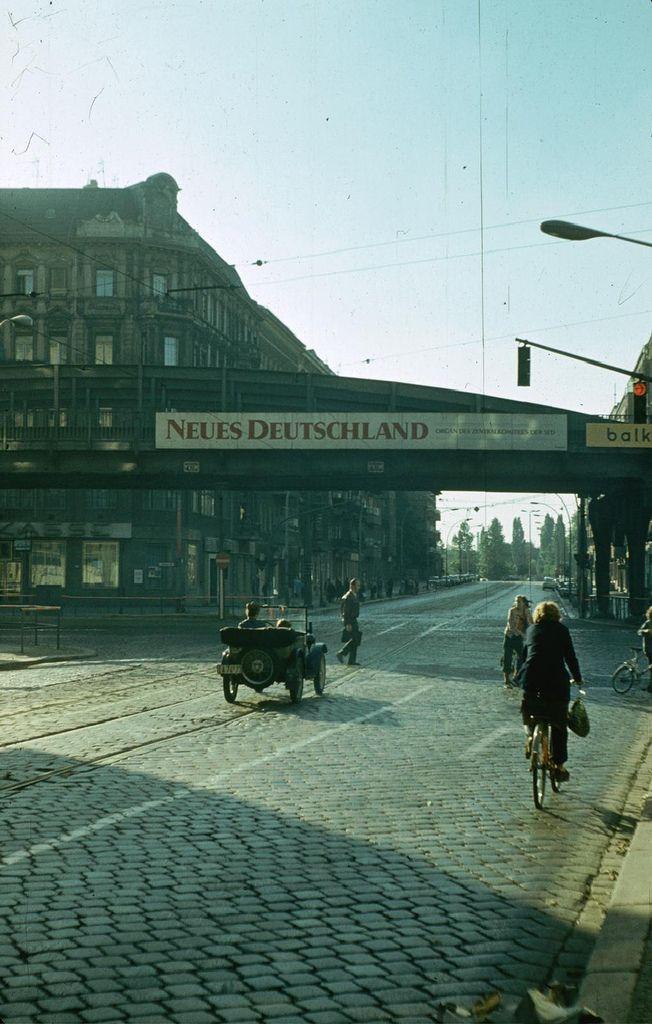 139 best images about berlin on pinterest. Black Bedroom Furniture Sets. Home Design Ideas