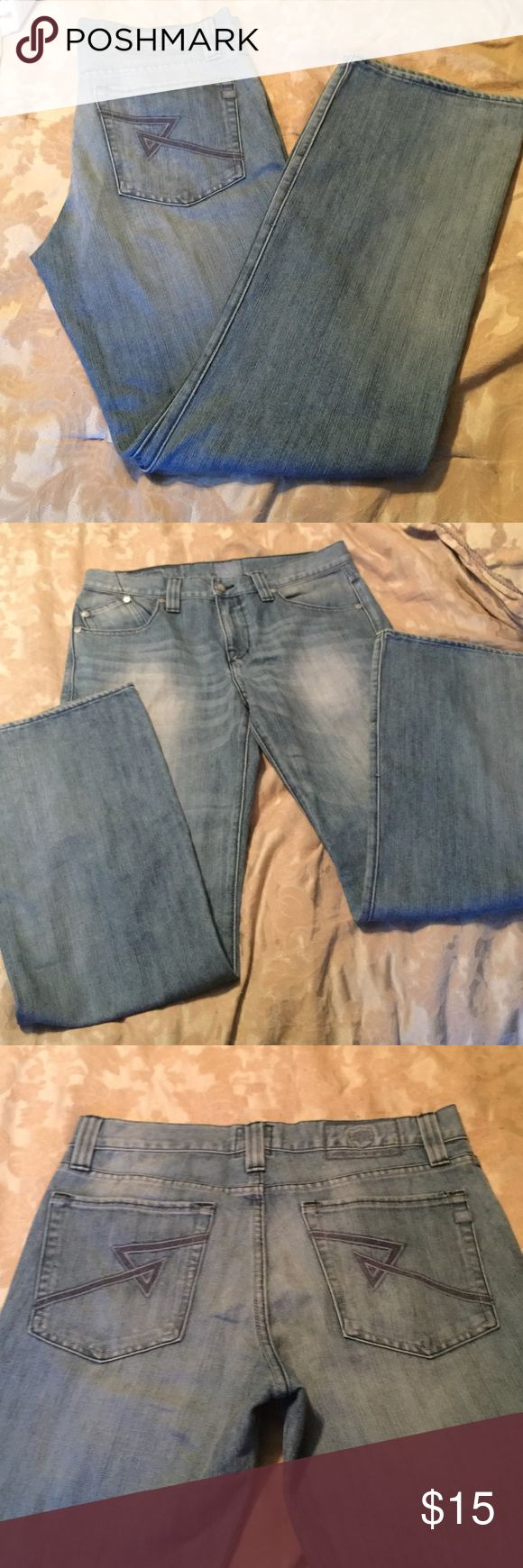 Men's faded wash rock and republic jeans Men's faded wash Rock and Republic jeans size 34 x 32 Rock & Republic Jeans Bootcut
